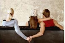 Ngoại tình có được coi là căn cứ ly hôn hay không?